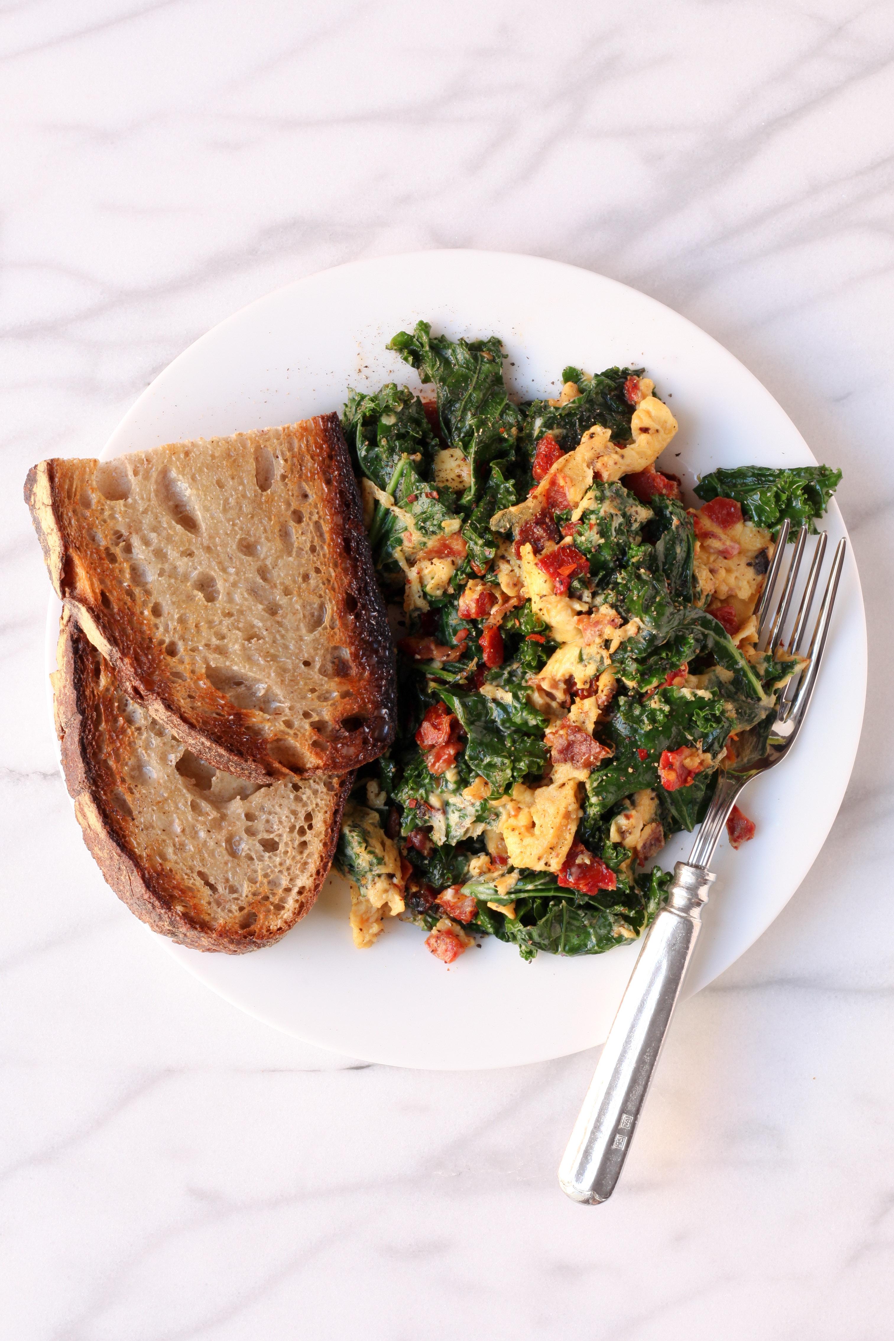 Kale, Pancetta, and Sundried Tomato Scramble | amodestfeast.com | @amodestfeast