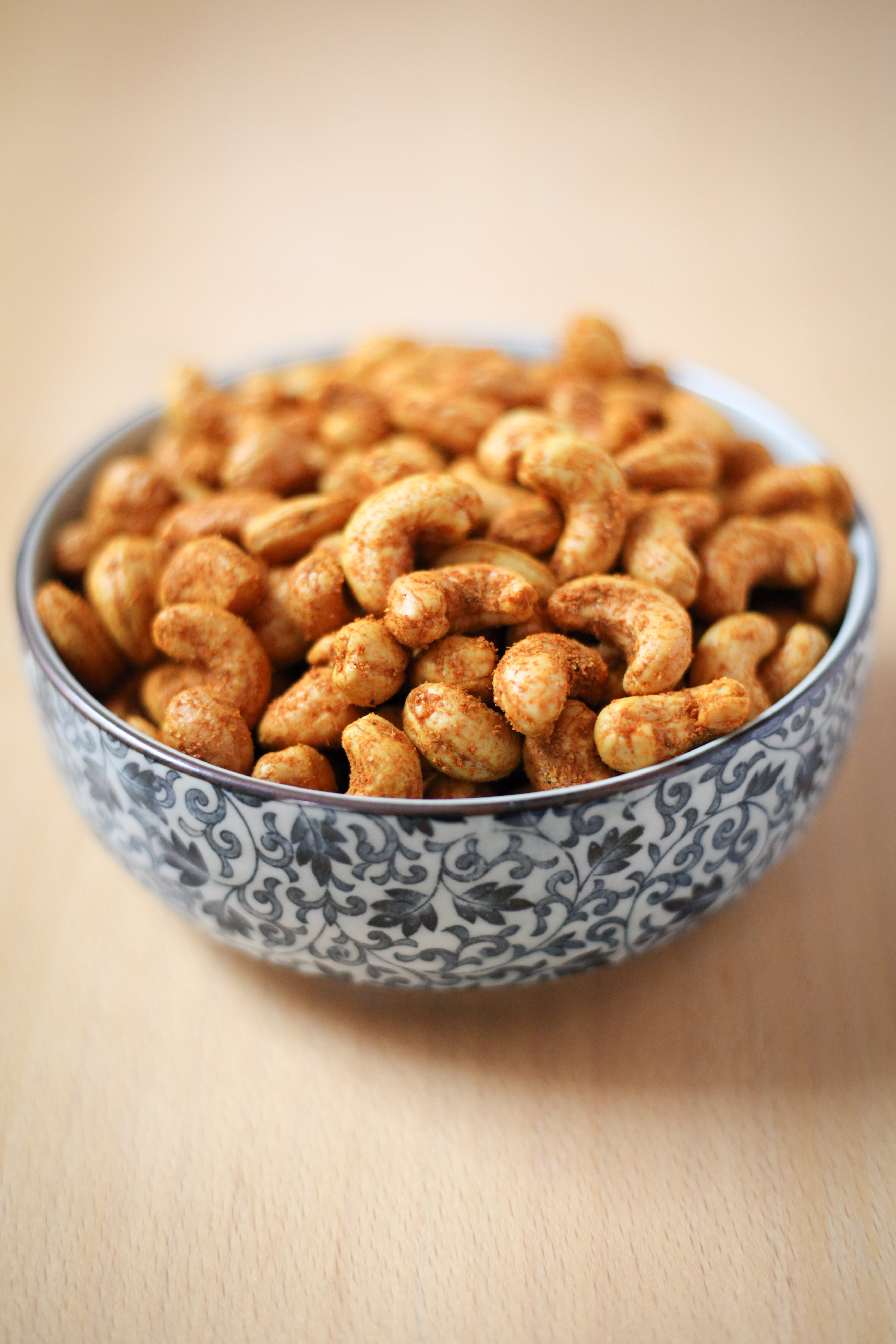 Curry Cashews | amodestfeast.com | @amodestfeast